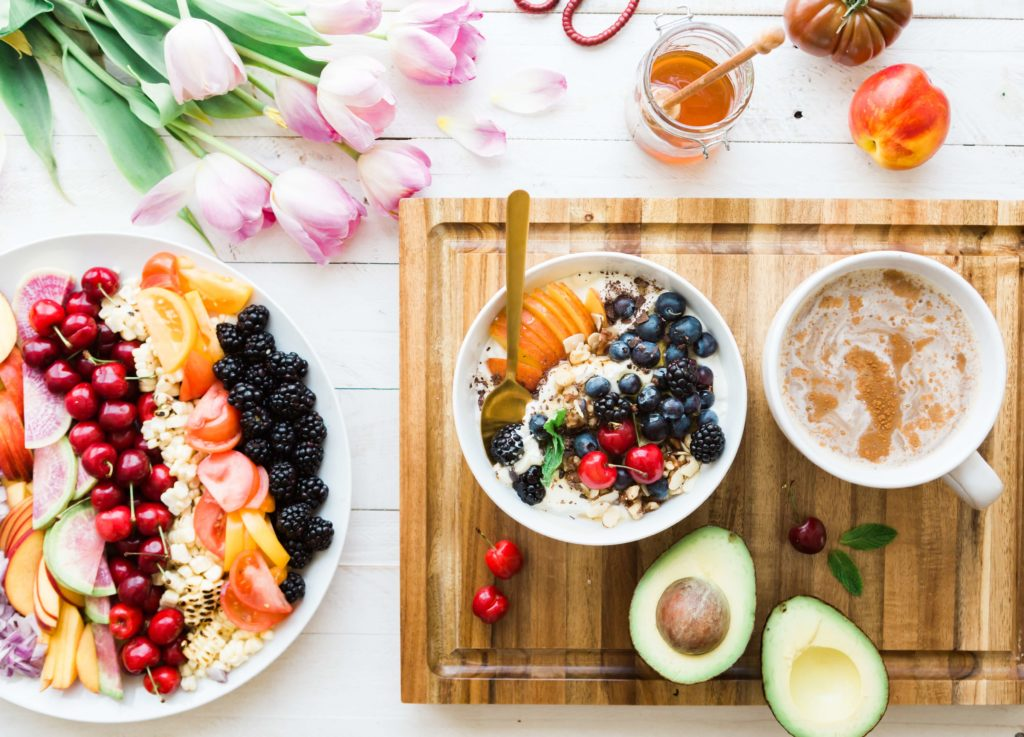 healthy breakfast oat and fruit bowls