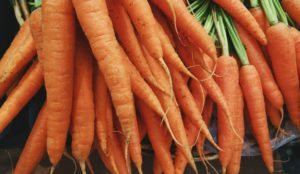 alkaline-foods-glowing-skin-carrot